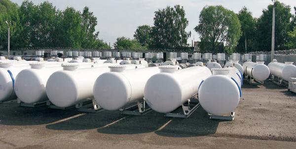 Наземный газгольдер(наземные резервуары).  Газонаполнительные станции(ГНС). наполнительный клапан (артикул FAS 13002)...